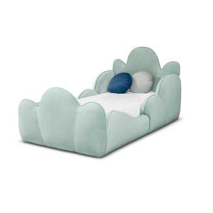 Tristen Bed